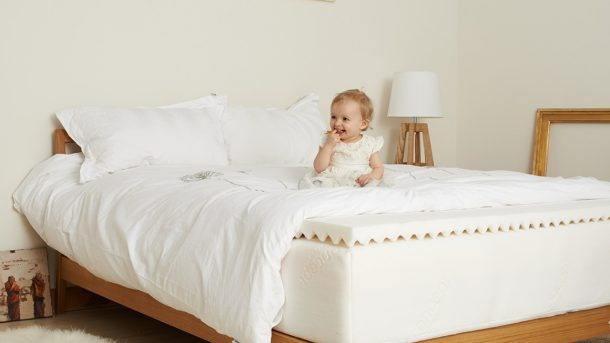 memory-foam-with-toddler